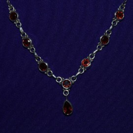 Teardrop Garnet Necklace